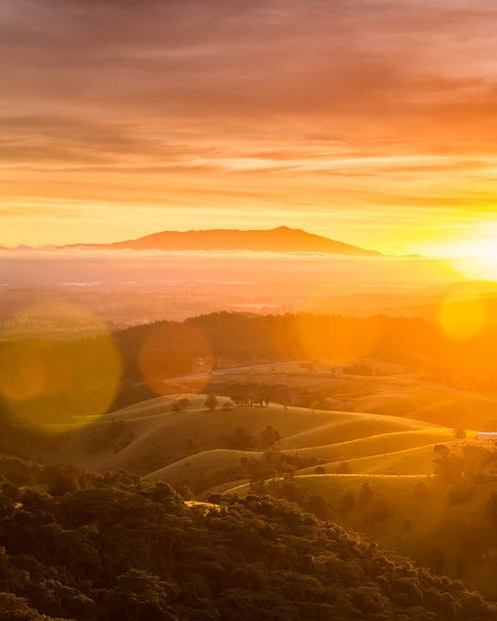 6 Top Spots- Lookouts To Look For - Millaa Millaa Lookout by @andrewwatsonphoto