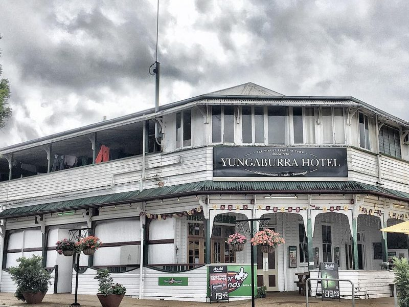 Charming Historical Yungaburra - Yungaburra Hotel by aldofrida